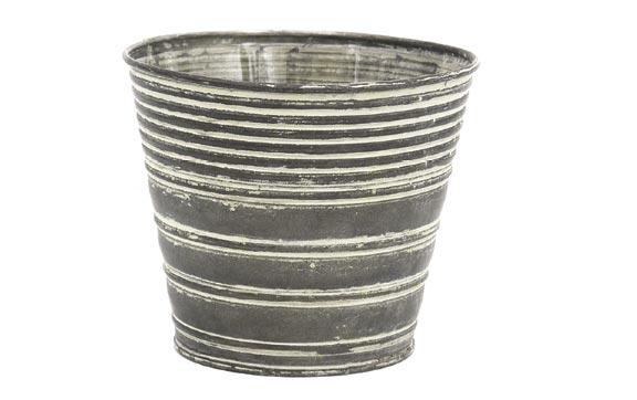 5.0 Metal Succulent Tin Sold Individual